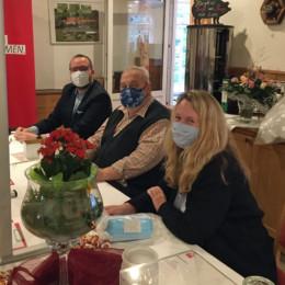Hannes Grosch, Büroleiter aus Nienburg, Ludger Bugla und Martina Jenner