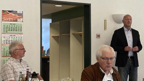 Karl-Heinz Schwenn und Peter Jahnke sowie Andreas Nieweler