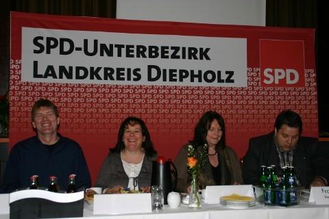 Foto: UB-Parteitag, Präsidium