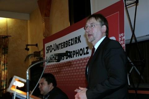 Foto: UB-Parteitag. MdEP Bernd Lange